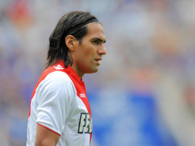 Falcao remains on injured list for Nice trip