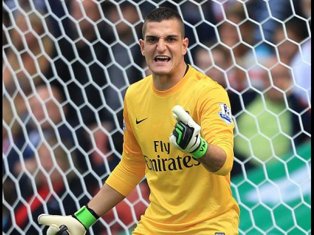 Mannone hopes Arsenal 'kick on'