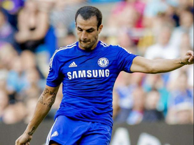 Cesc Fabregas can replace Frank Lampard in Chelsea's midfield, insists Jose Mourinho