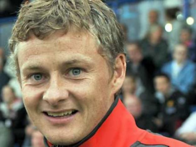 Solskjaer signs off in style as United reserves hammer Newcastle