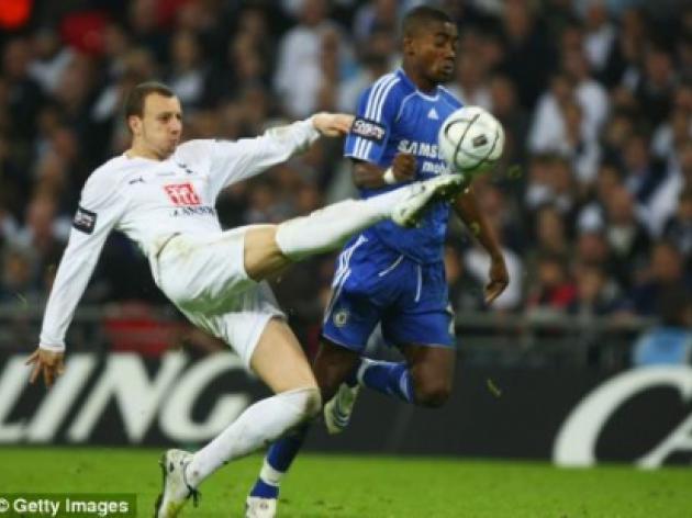 Sunderland set to take a chance on 4m Tottenham misfit Alan Hutton
