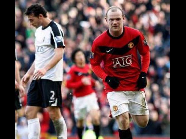Hodgson praise for 100m Rooney