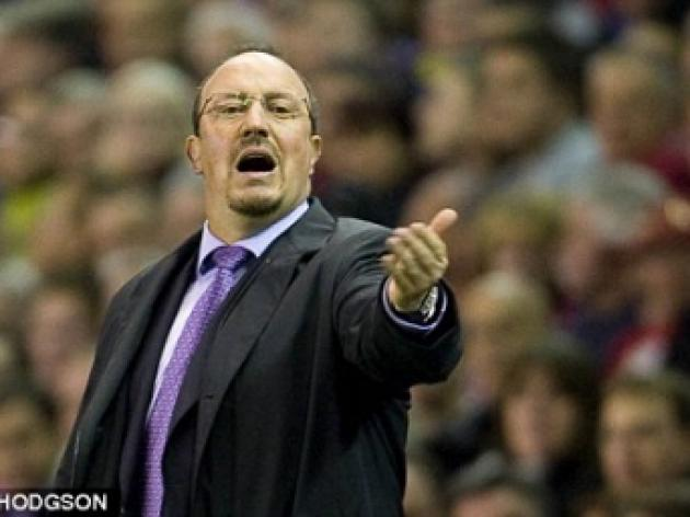 Let's be more clinical, says Benitez as Kuyt makes it alright on the night