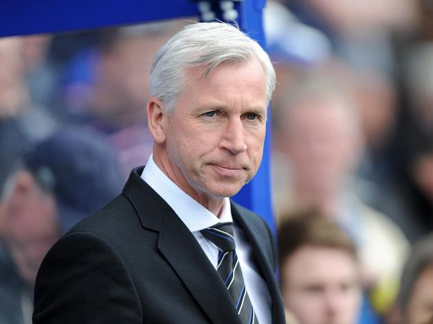 Pardew 'on guard' over Cabaye