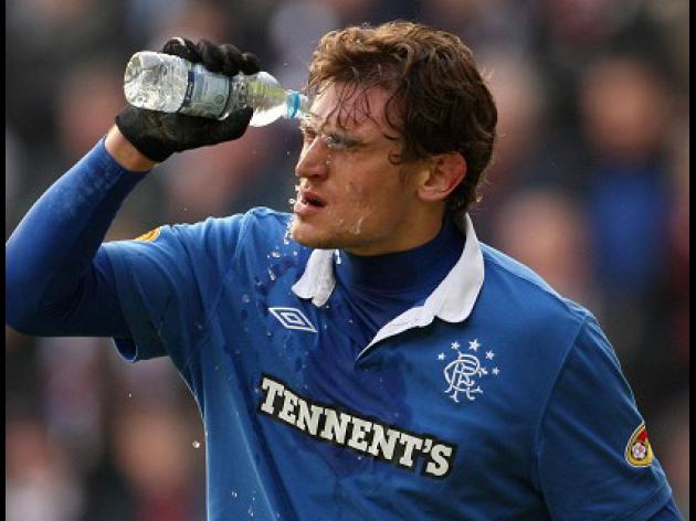 Jelavic gets Whittaker backing