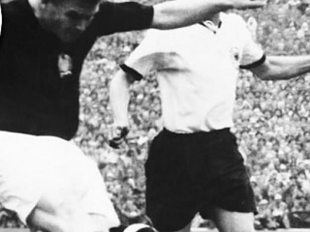 top 10 greatest football players of all time - 9 - Ferenc Puskas