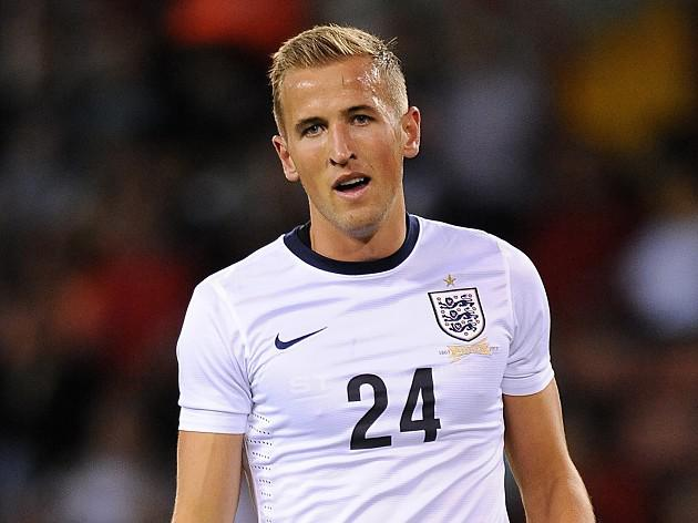 Kane treble fires England to win