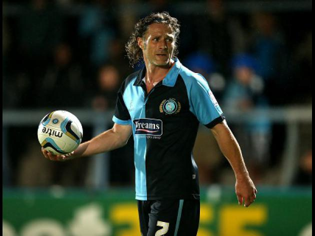 Gareth Ainsworth new player/manager of Wycombe Wanderers