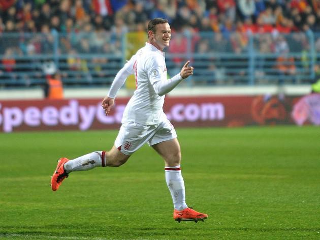 Gerrard lauds Rooney show