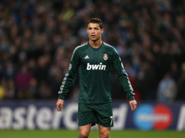 Manchester United and Chelsea target Cristiano Ronaldo should not leave Real Madrid