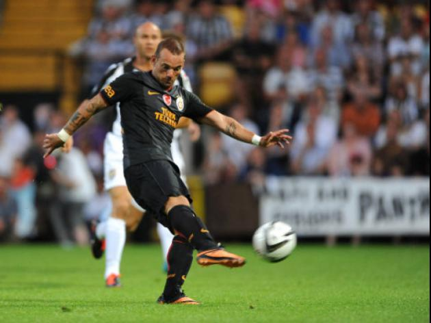 Wesley Sneijder to Rescue Manchester United's Season?