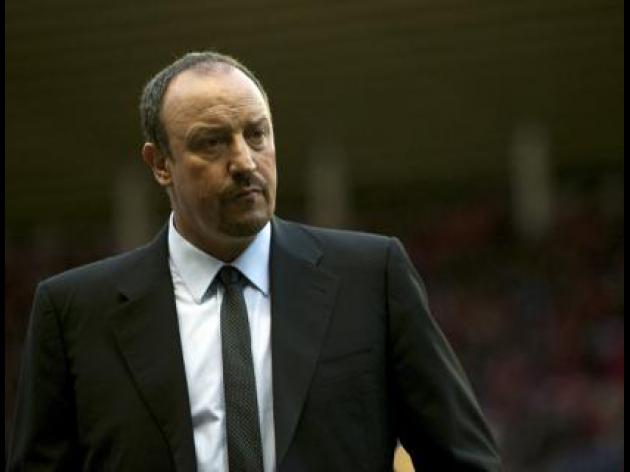 Benitez won't be drawn into Warnock row