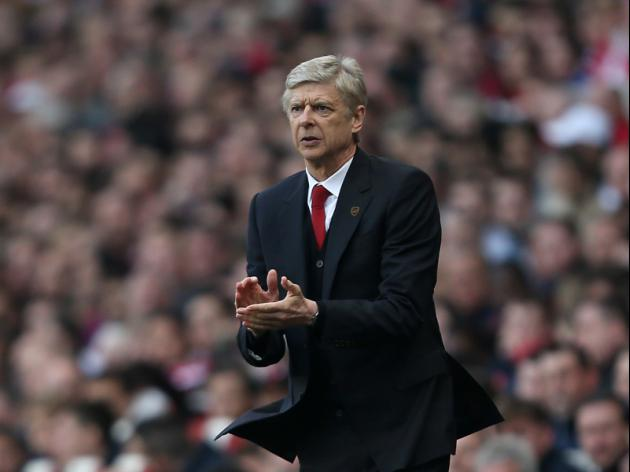 Wenger contract at Arsenal hangs on a knife-edge