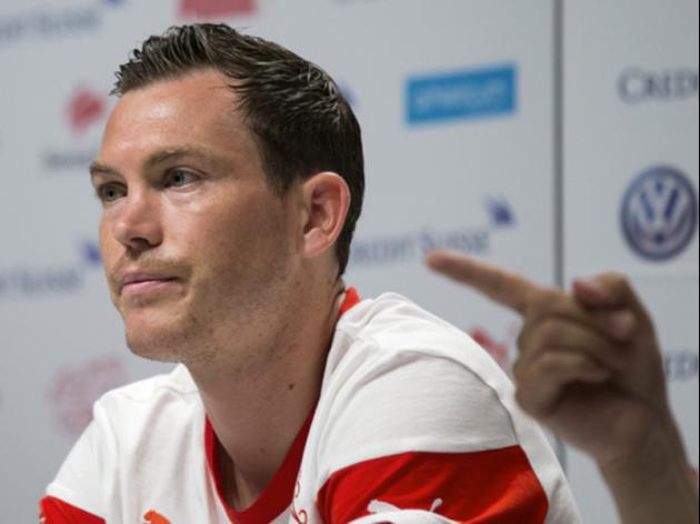 Lichtsteiner says Swiss must ignore seeding