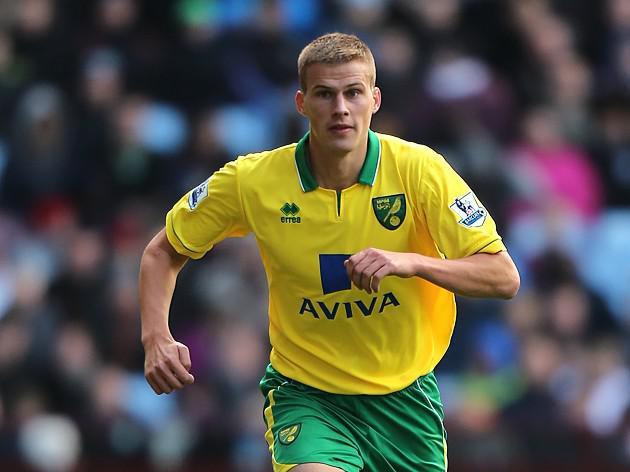 Norwich investigate Bennett tweets