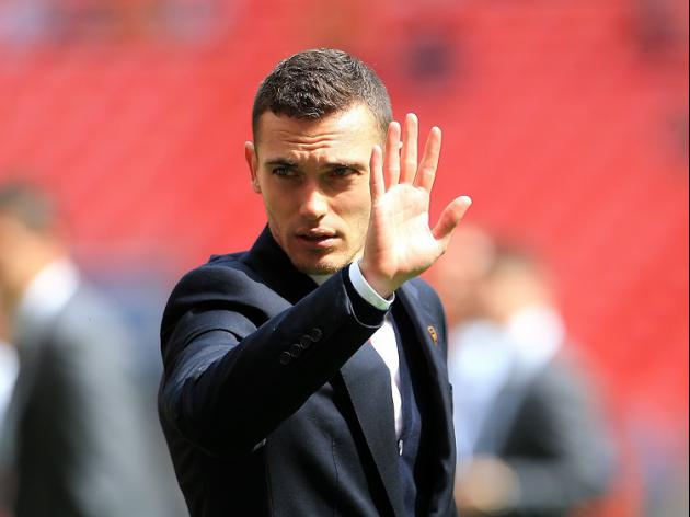 Another Season, Another Captain Leaves Arsenal as Vermaelen heads to Barcelona