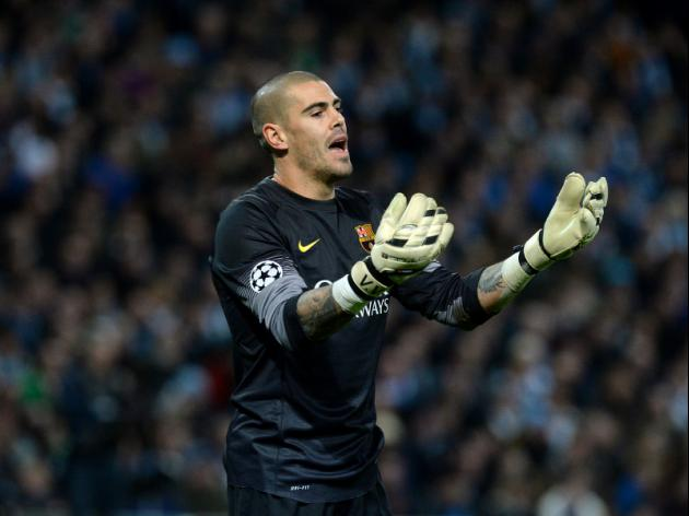 Valdes set for free move to Liverpool 'before the end of November' with Mignolet under pressure