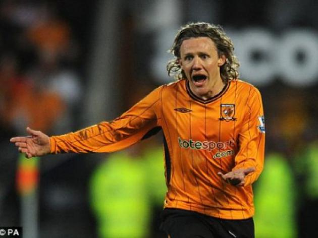 QPR in talks with Jimmy Bullard, Harry Kewell and Lucas Neill