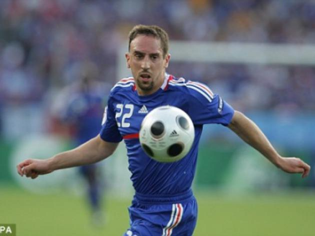 Chelsea won't be held to ransom over Ribery as Bayern prepare to sell star