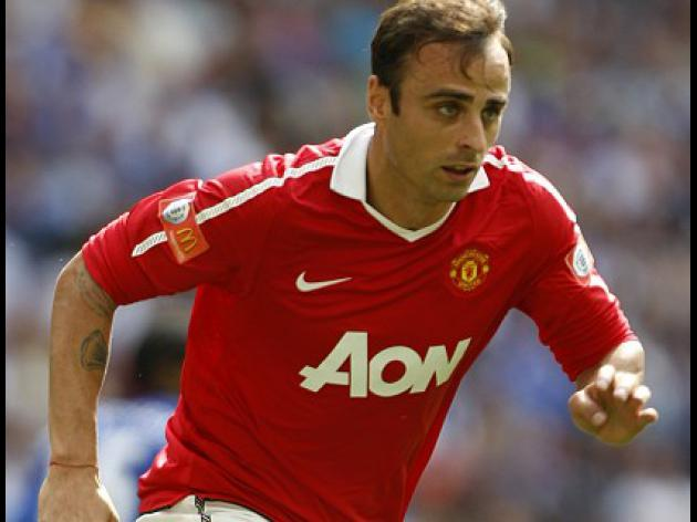 Dimitar Berbatov hat-trick wins thriller