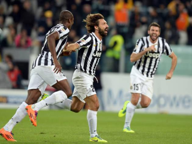 Pirlo magic keeps Juve on track for scudetto