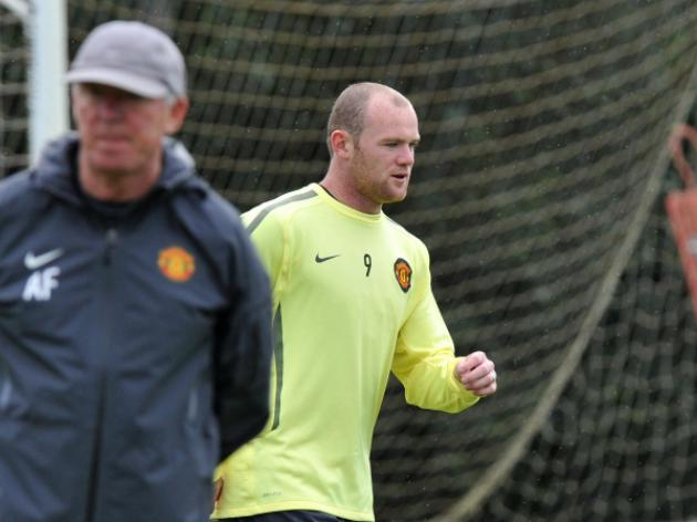 Rooney trains ahead of Rangers game