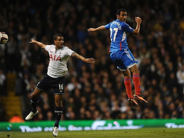 Tottenham beat Hull on penalties