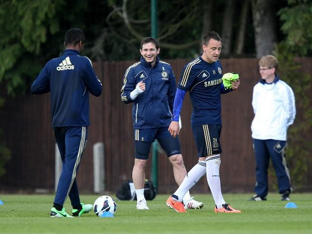 Lampard hopes for new Terry deal