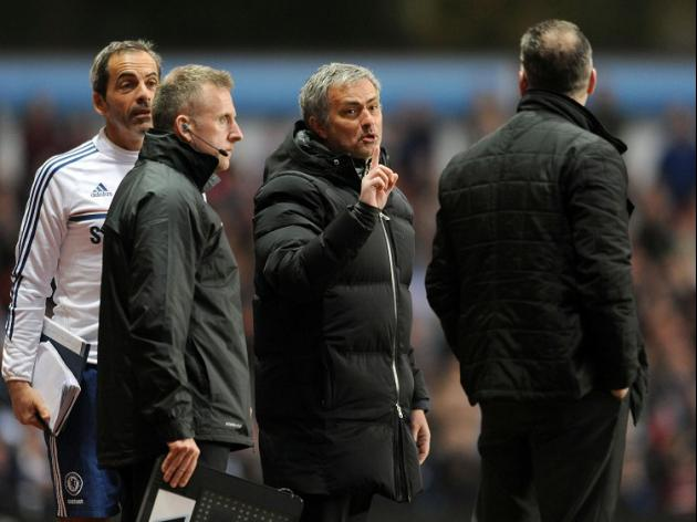 Mourinho: Ref could cost us title
