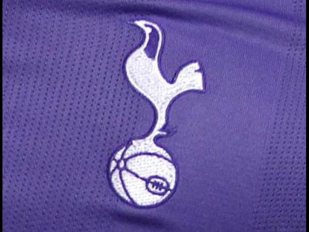 Spurs agree Falque deal