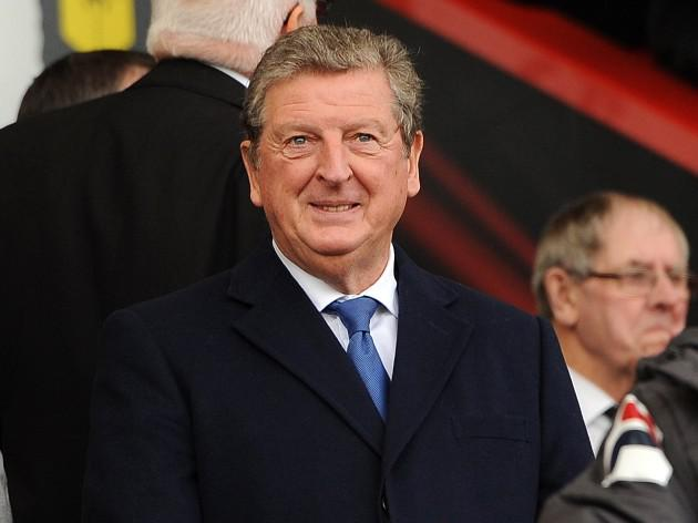 Roy Hodgson builds bridges with Manaus