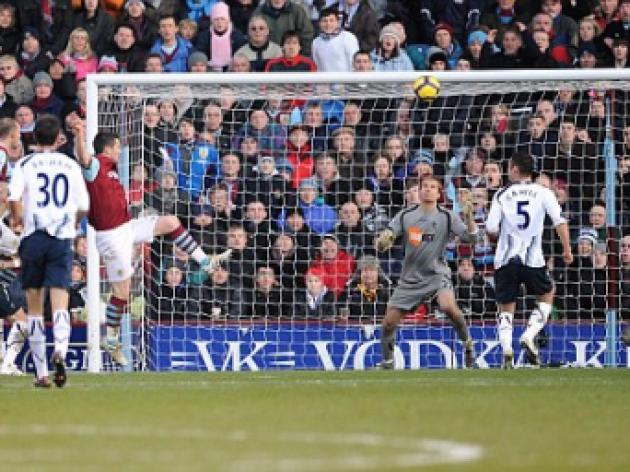 Burnley 1 Bolton 1: Goalscorer David Nugent not missing life at Portsmouth