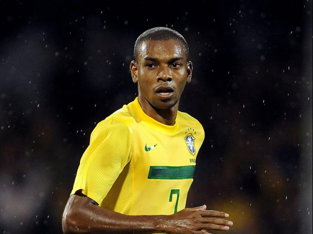 Fernandinho apologises to fans