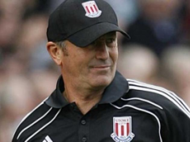 Pulis hits out at 'selective' Murphy