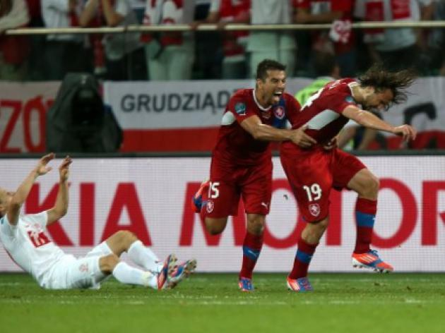 Portugal face Czechs in Euro 2012 first quarter-final
