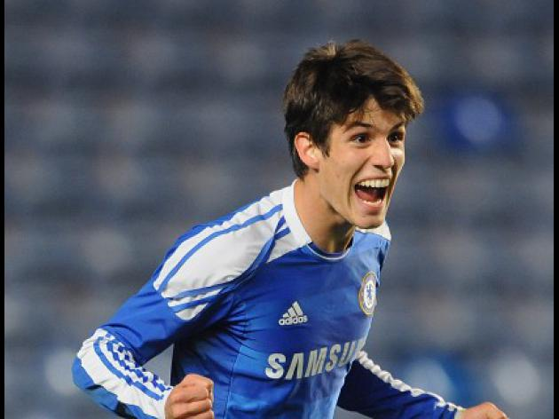 Piazon nicks draw for Blues