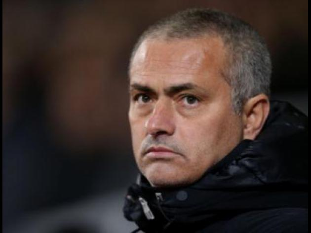 Mourinho expects response after Chelseas Euro flop