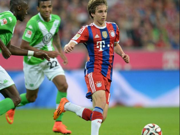 Bayern extend contracts of Gaudino, Starke