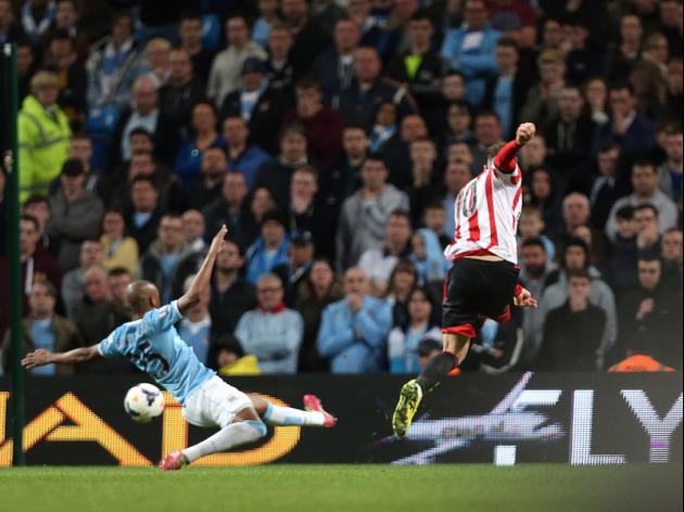 Manchester City 2-2 Sunderland - Wickham brace stuns shattered City