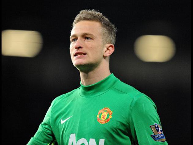Lindegaard vows to make De Gea wait