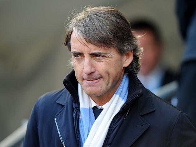 Man City boss Roberto Mancini claims United have fear factor