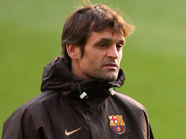 Barca pledge to stand by Vilanova as he battles cancer again