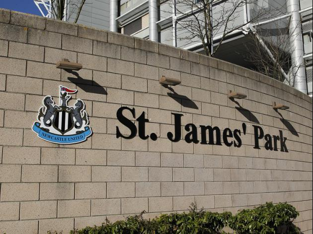 Newcastle shocked by fans' deaths