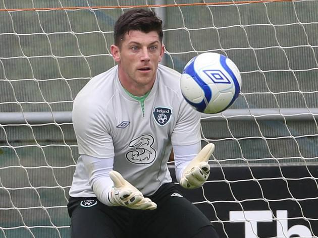 Westwood to fight Mannone for starting berth