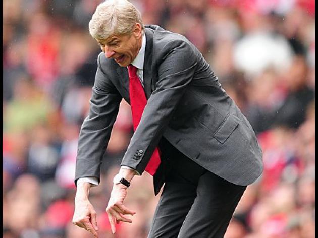 Arsene Wenger defiant despite spotlight