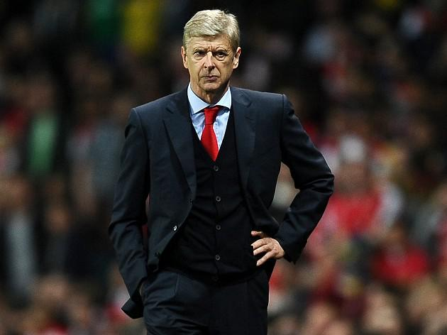 Wenger plays down transfer talk