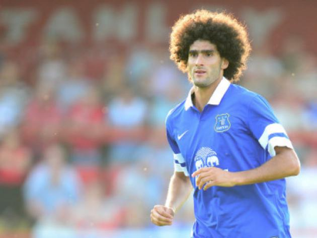 Manchester United boss Moyes looks to Everton's Fellaini