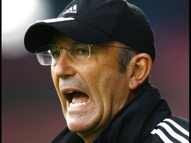 Stoke boss Pulis poised for further signings