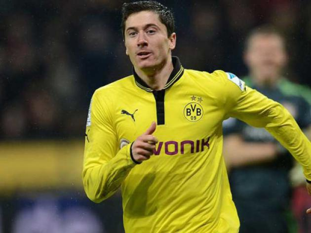 Arsenal to target Dortmunds Lewandowski - Wenger