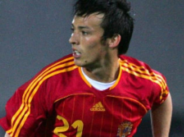 Silva keeping his focus on Spain